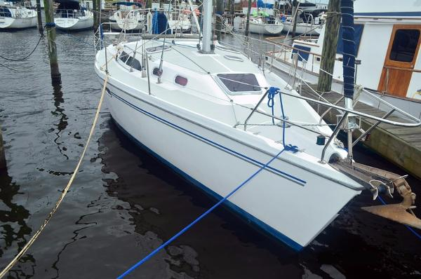Catalina 350 Profile