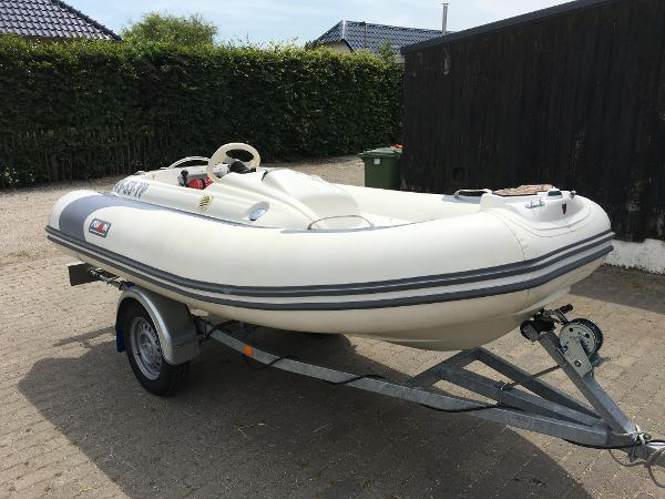 Avon Seasport SE 320 DL