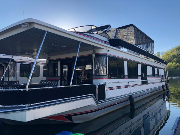 Stardust Cruisers Houseboat