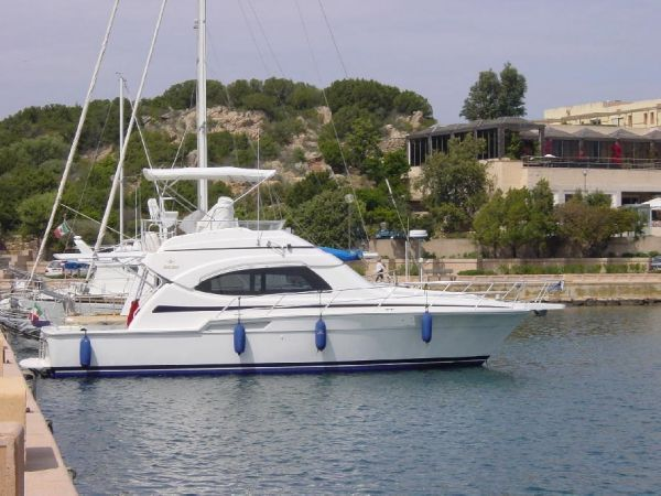 Bertram Yacht  390 Convertible Bertram Yacht 390 Convertible