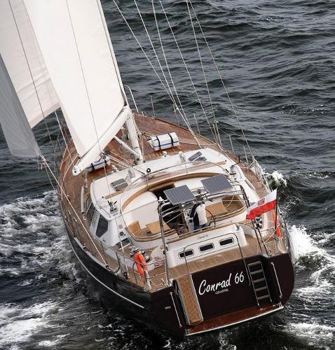 Conrad 66 - Medea Stern