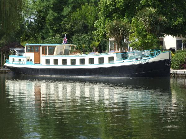 Luxe-Motor 23.97m Barge