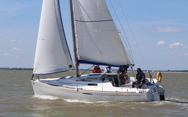 Beneteau First 25.7