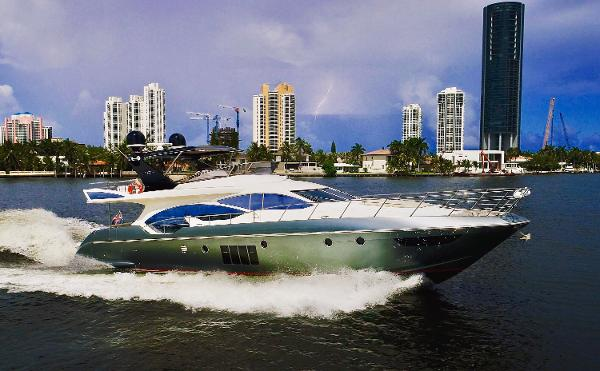 Azimut Evolution Starboard Side Running Shot