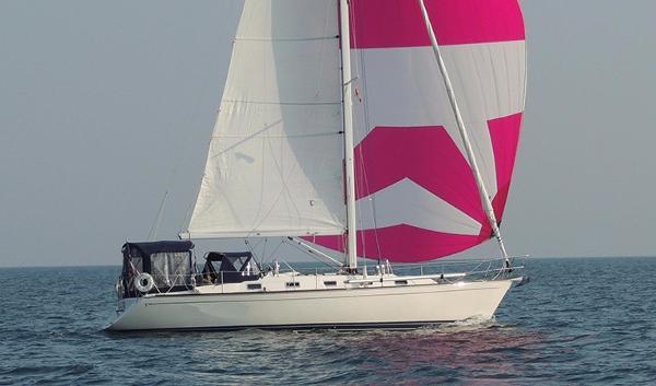 Tartan 3800 Sailing