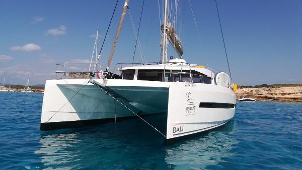 Bali Catamarans 4.5 Open Space