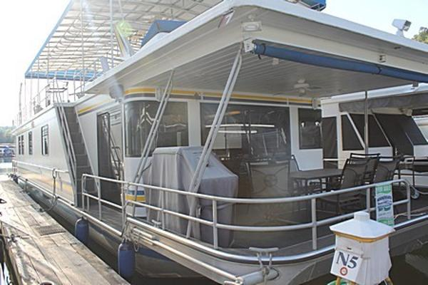 Sumerset Houseboats 18' x 77' Widebody