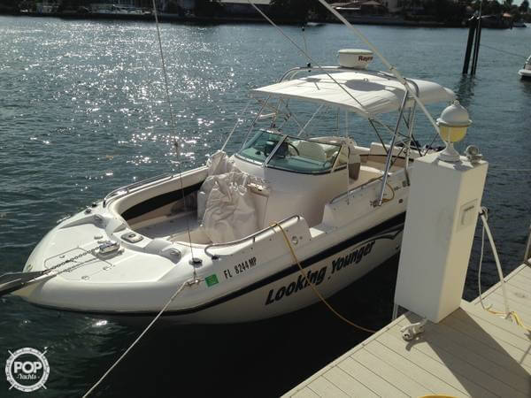 Hurricane 260 SD 2004 Hurricane 260 Sundeck for sale in Boca Raton, FL