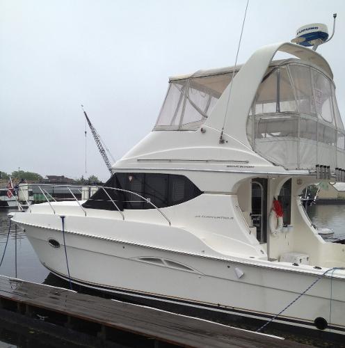 Silverton Yachts 34 Convertible Port Side