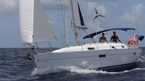 Beneteau Oceanis Clipper 361 Sailing