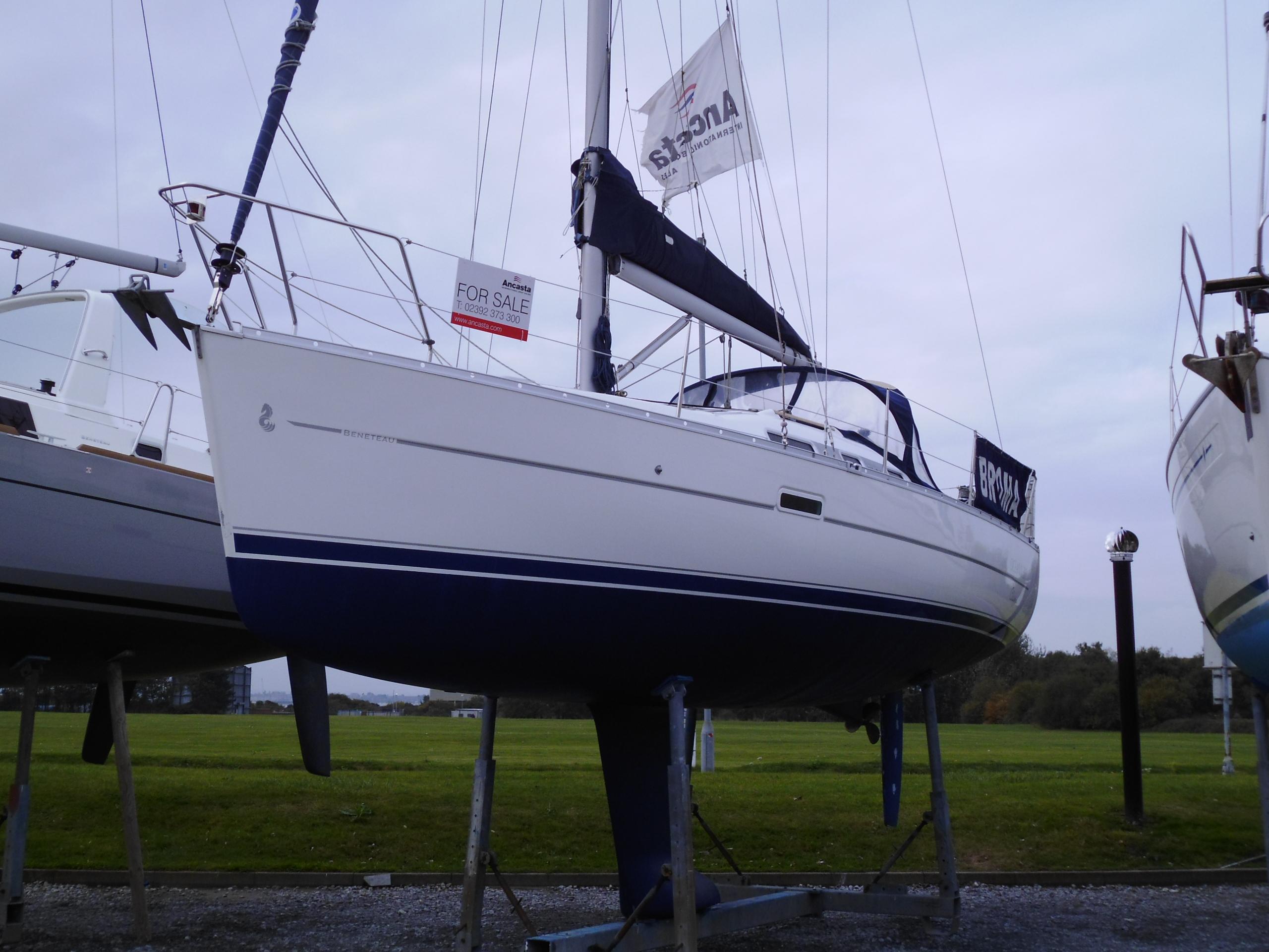 Beneteau Oceanis Clipper 323 Broma
