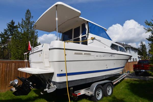 Bayliner 289 Discovery Starboard side