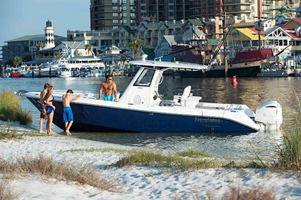 Everglades Boats 295CC