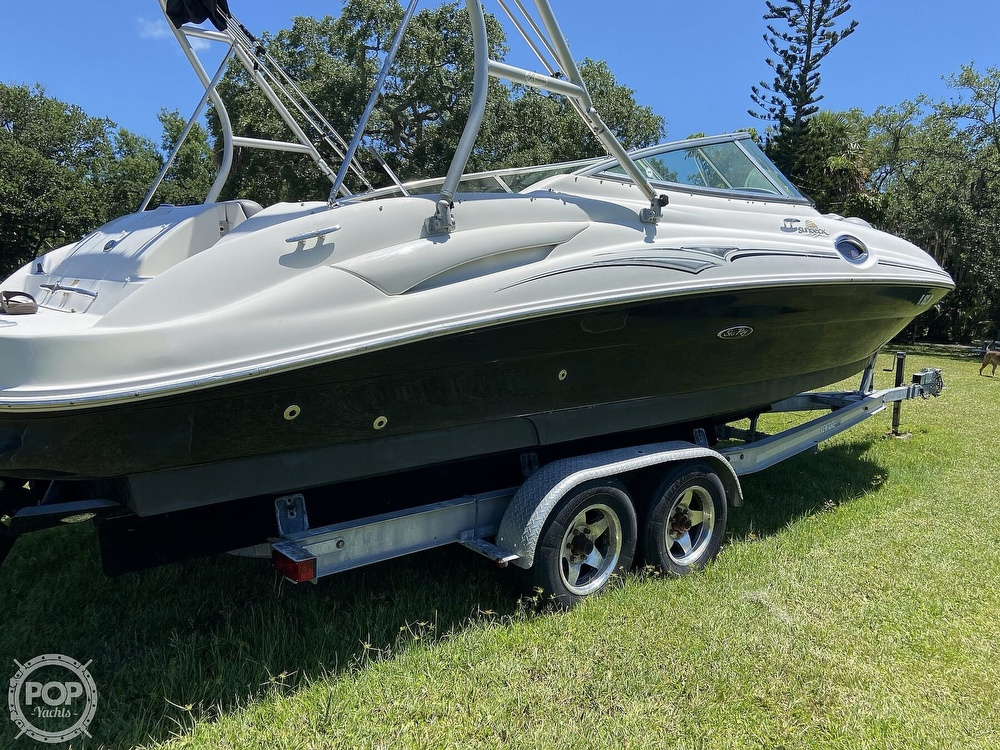 Sea Ray 270 Sundeck 2006 Sea Ray 270 Sundeck for sale in Fort Pierce, FL