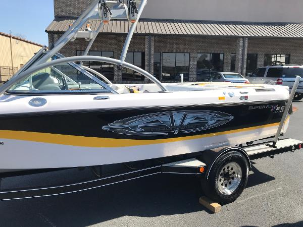 Correct Craft 210 Super Air Nautique