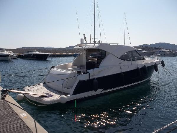 Riviera Marine 4400 Sport Yacht 100_0987