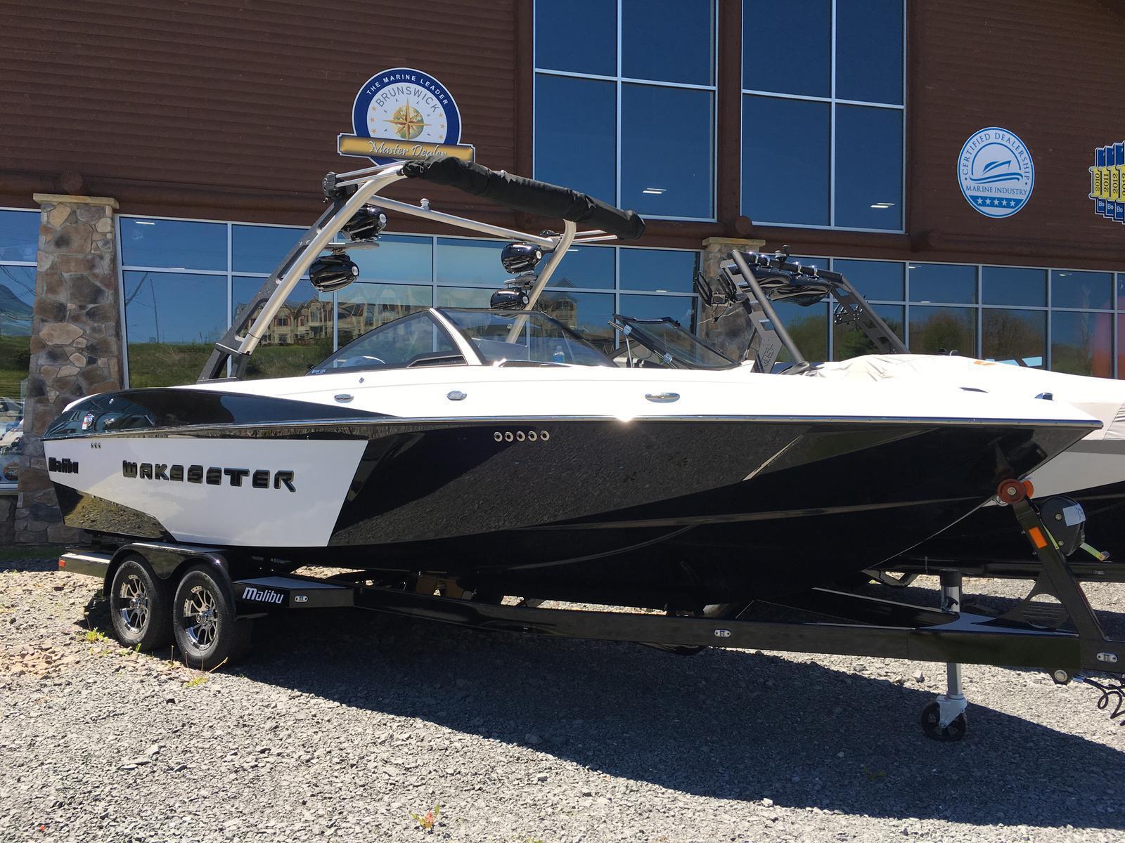 Malibu Boats LLC 25LSV