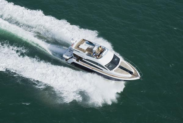 Fairline Squadron 42 Aerial Shot