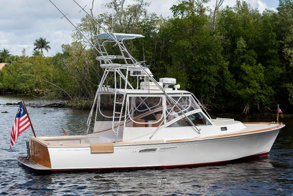 Hodgdon Yachts 33 Main Profile
