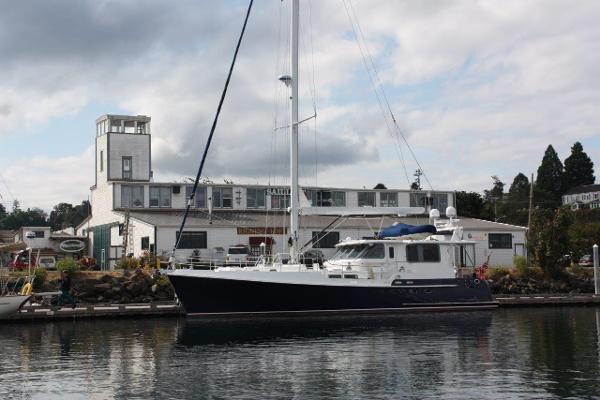 Nordhavn 56 Motorsailer Exterior
