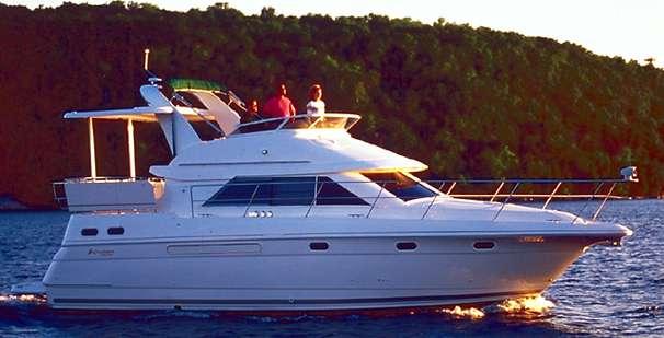 Cruisers Yachts 3650 Motoryacht Manufacturer Provided Image