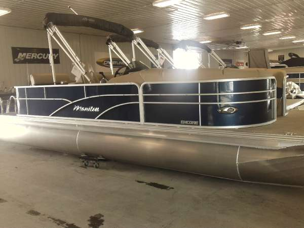 Manitou Pontoons 24 Encore Twin Tube