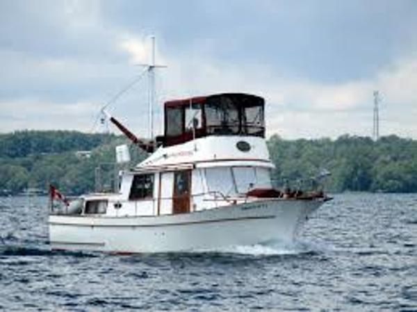 Marine Trader 34 Double Cabin Sistership Photo