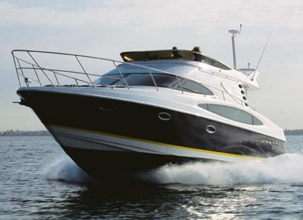 Regal  4080 FLYBRIDGE SEDAN  Sistership