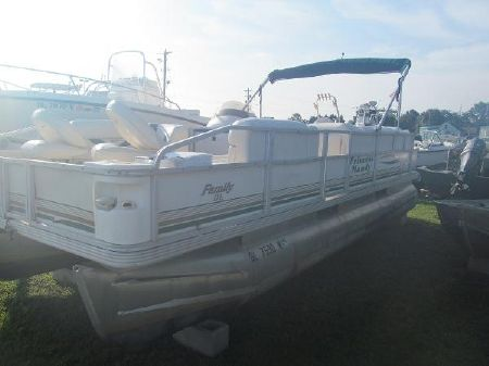 Used Crest Pontoon Boats boats for sale in Delaware - boats com