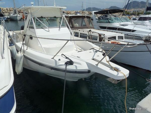 Boston Whaler 28 Conquest/Outrage Boston Whaler 28 Conquest/Outrage