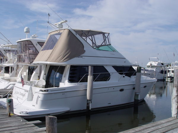 Carver 450 Voyager Pilothouse Sistership