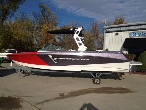 Nautique Super Air 230 Open Bow