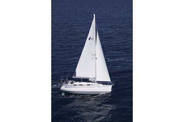 Bavaria 30 Cruiser Manufacturer Provided Image