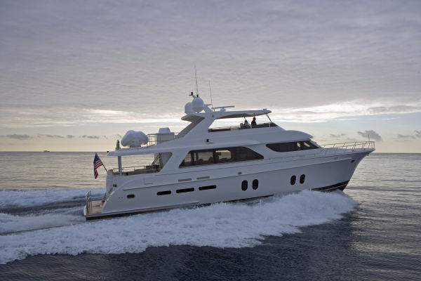 Cheoy Lee Bravo Series Sport Motor Yacht Photo 1