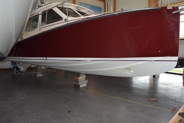True North 38 (launched 2016) True North 38 Hull profile inside showroom