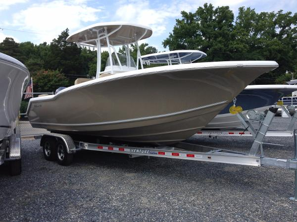 TIDEWATER BOATS 230 LXF ...Clearance Left Over