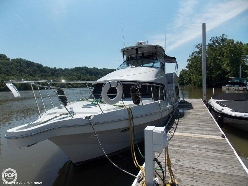 Bluewater Yachts 510 Motoryacht 1998 Bluewater 510 Motoryacht for sale in Beaver, PA