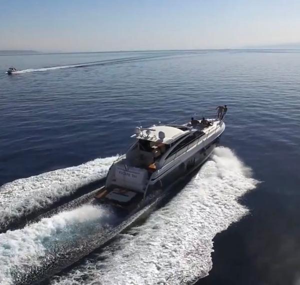 Princess V52 Actual Vessel Under Way