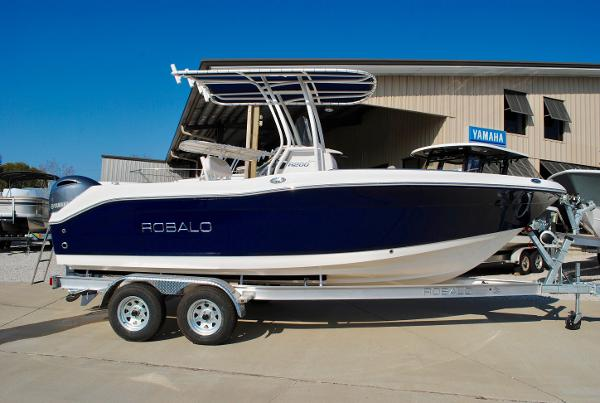 Robalo R200 Center Console 2017-ROBALO-R200-CENTER-CONSOLE-FOR-SALE