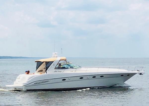 "Sea Ray 460 Sundancer ""Banana Wind"""