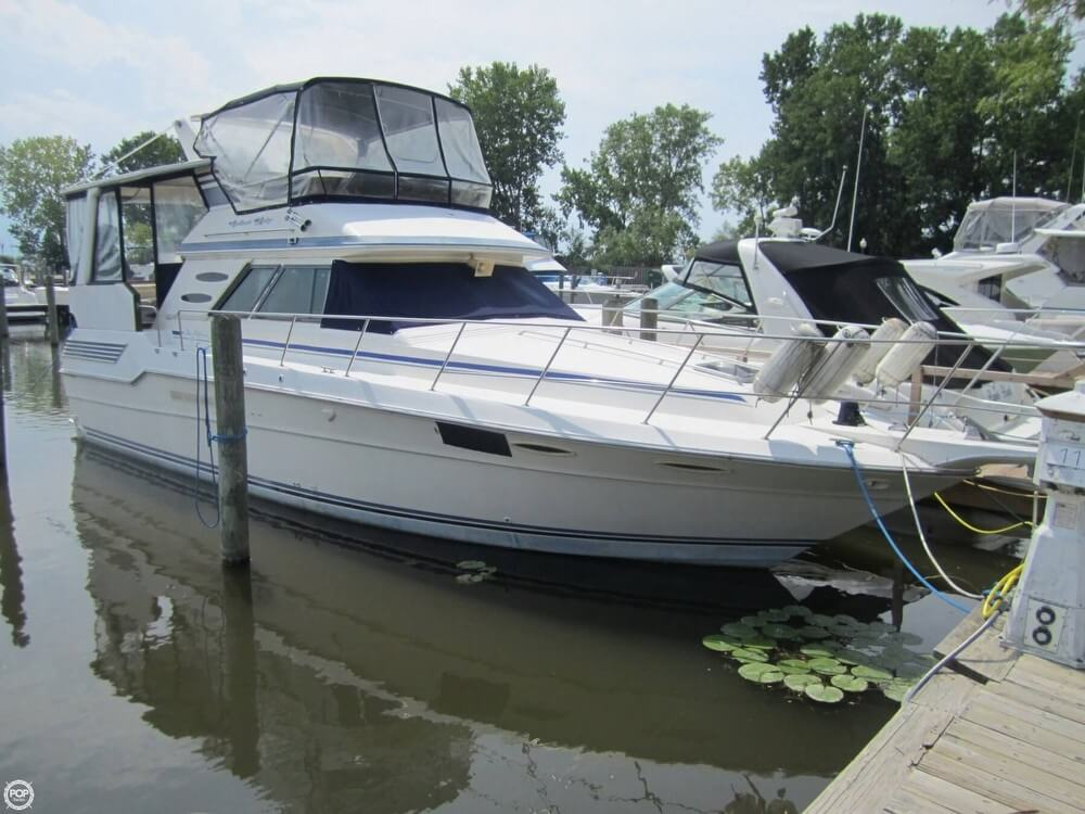 Sea Ray 410 Aft Cabin 1987 Sea Ray 410 Aft Cabin for sale in Harrison Township, MI