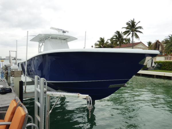 Yellowfin 39 Center Console Beautiful Hull
