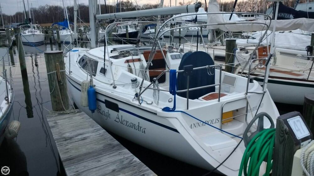 Hunter 32 Vision 1990 Hunter 32 Vision for sale in Edgewater, MD