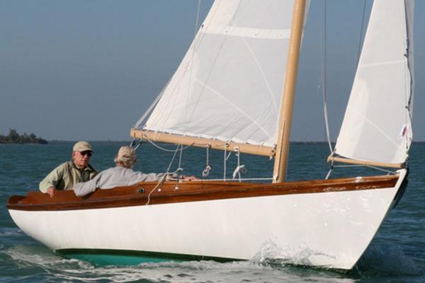 Classic Boat Shop Pisces 21