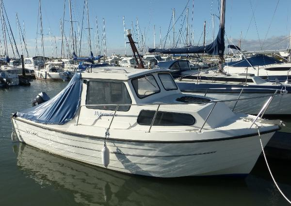 Mayland Kingfisher 21 Working deck cover in place