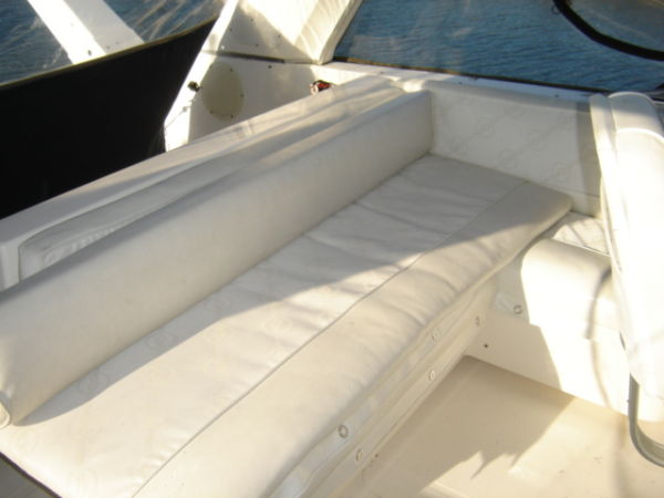 Flybridge Guest Seating