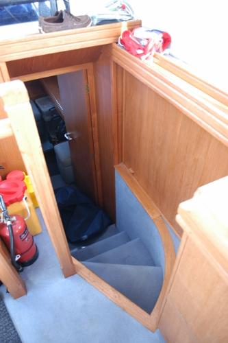 Talisman 49 - steps to aft cabin