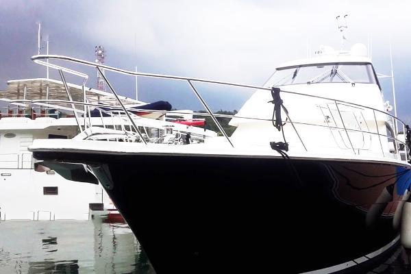 Riviera 78 Motor Yacht