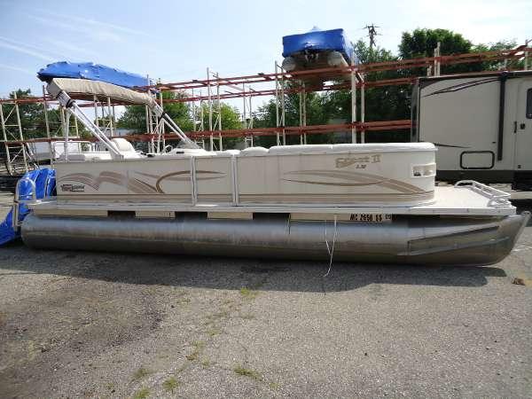 Crest Pontoon Boats Crest II LM 25