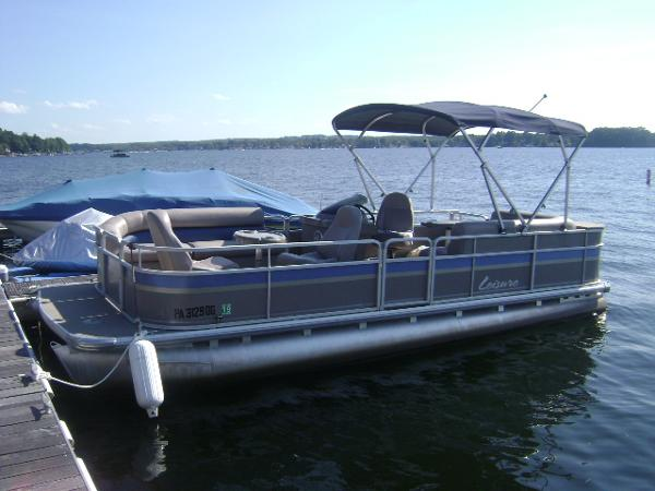 Leisure Pontoon 220